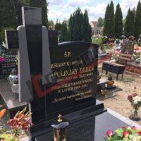 Elegancki nagrobek granitowy z krzyżem Impala / Kotla 2016
